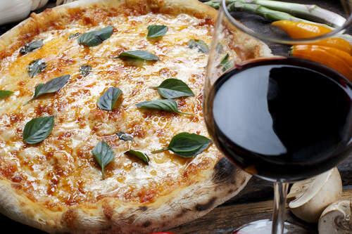 Pinot Noir & Pizza